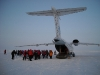 unloading-the-antonov-on-the-ice.jpg